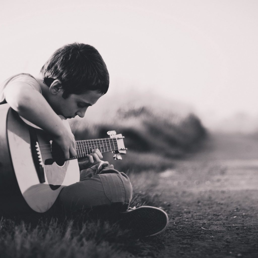 How To Tie Guitar Strings